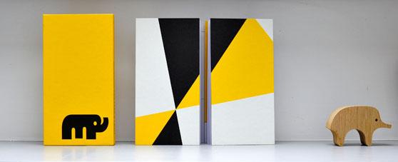 PiqPoq baby book aa580589e5a4
